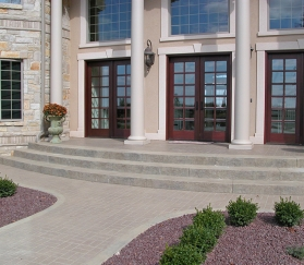 2steps-sidewalks-port67-decorative-concrete